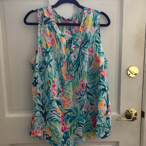 EUC Lilly Pulitzer Stacey Top. XL